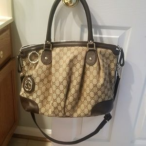Gucci Hobo Bag (with long strap)